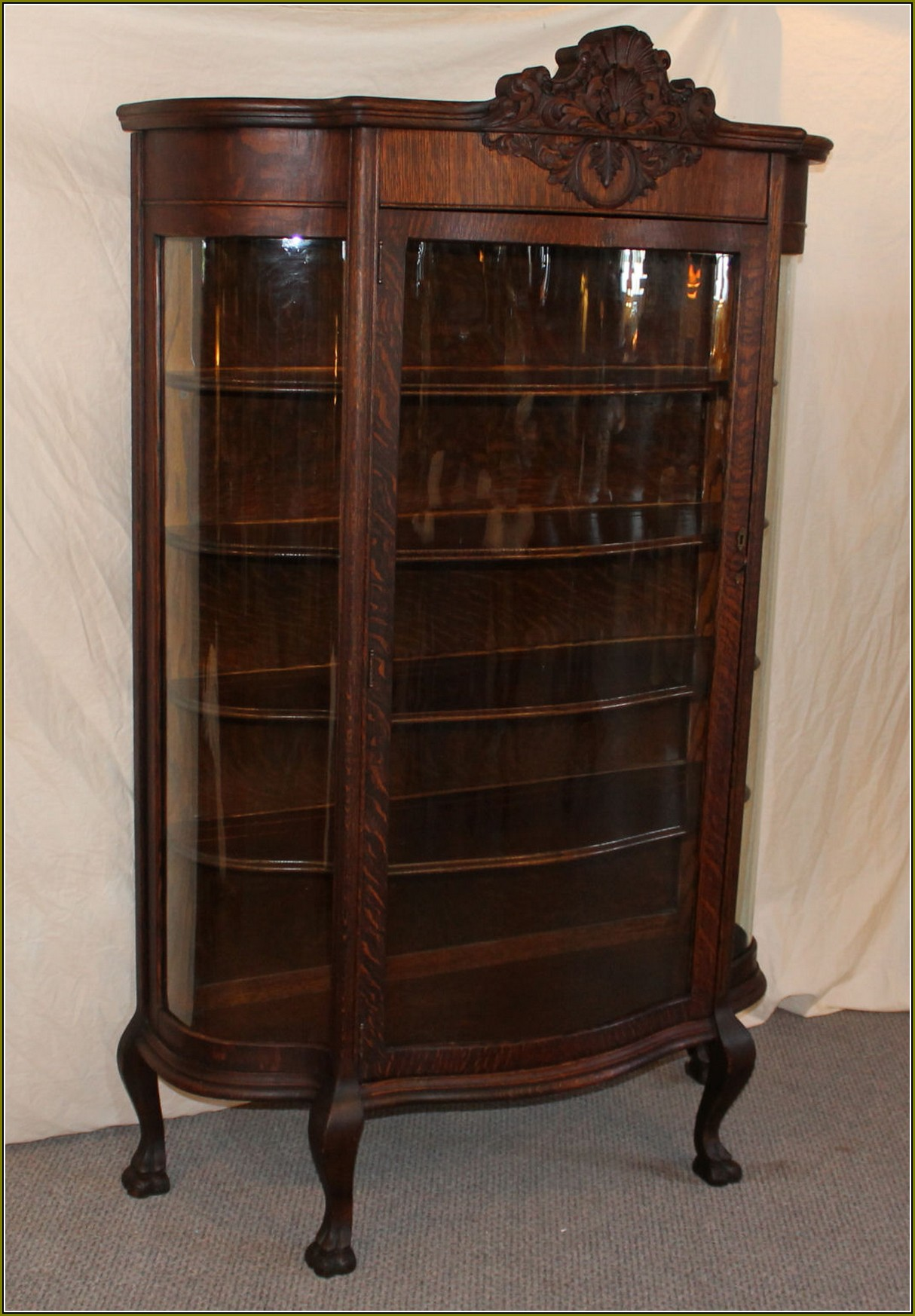 Antique Curio Cabinets With Claw Feet
