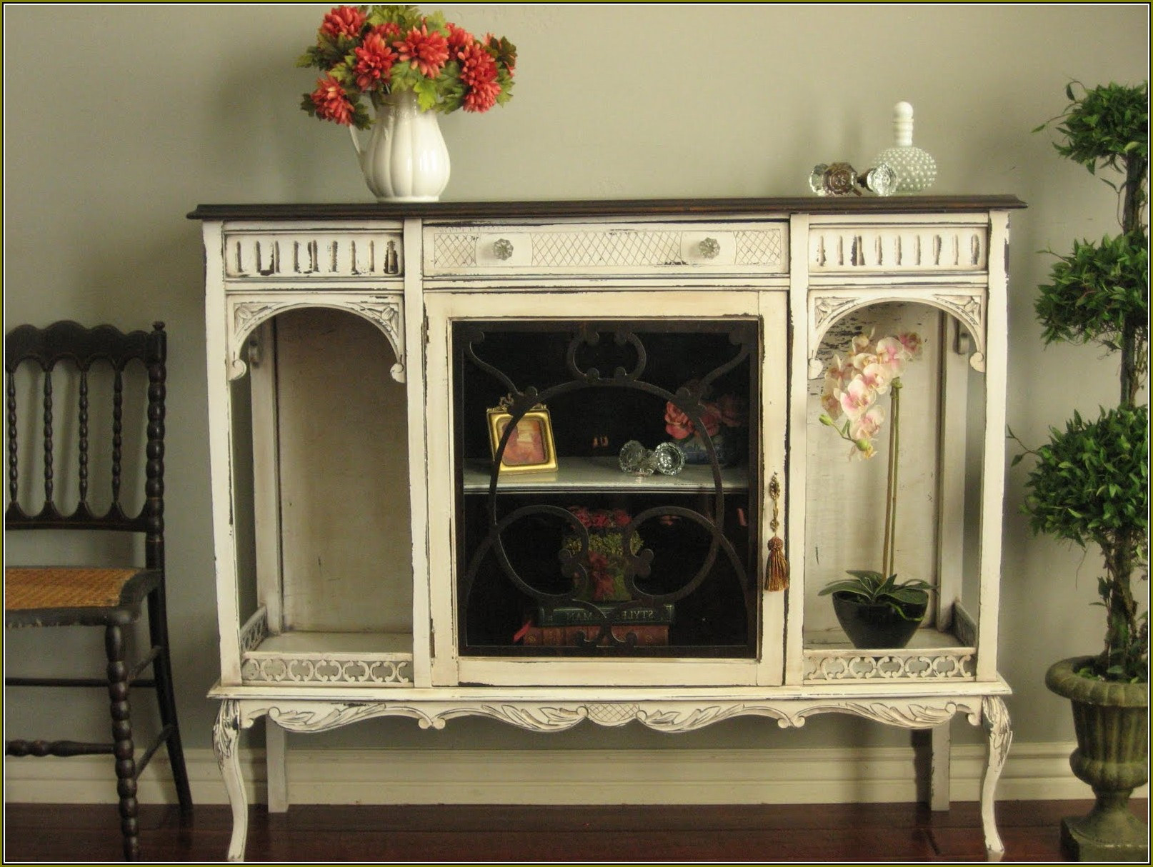 Antique White Curio Cabinet